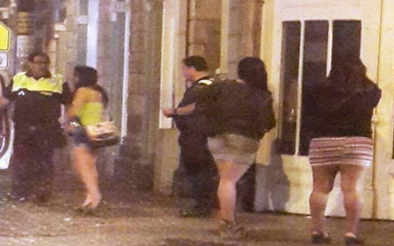 Prostitutes San Carlos